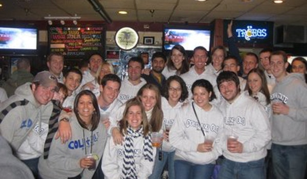 Cold And Old Bar Tour T-Shirt Photo
