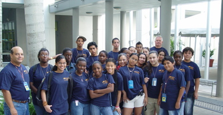 Summer Immersion Program '06 T-Shirt Photo