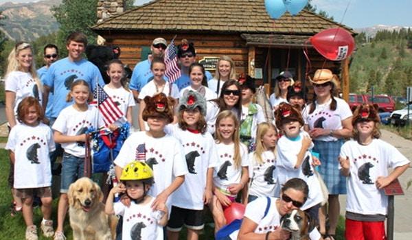 Team Bear Aware   4th Of July Parade T-Shirt Photo