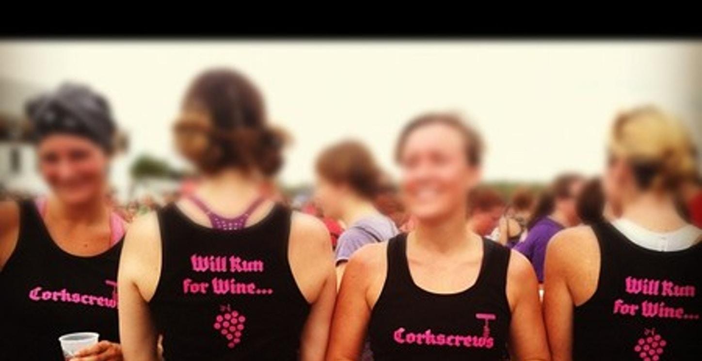 Boston Diva Dash   Team Corkscrews T-Shirt Photo