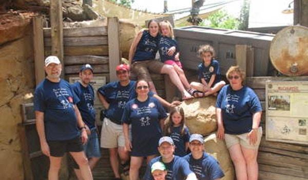 25th Anniversay Family Trip T-Shirt Photo