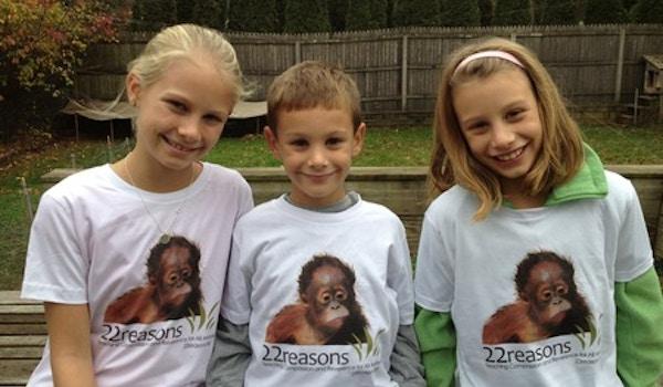Helping Orangutans T-Shirt Photo