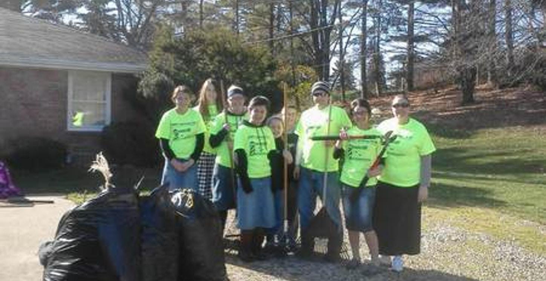 Helping Habitat For Humanity T-Shirt Photo