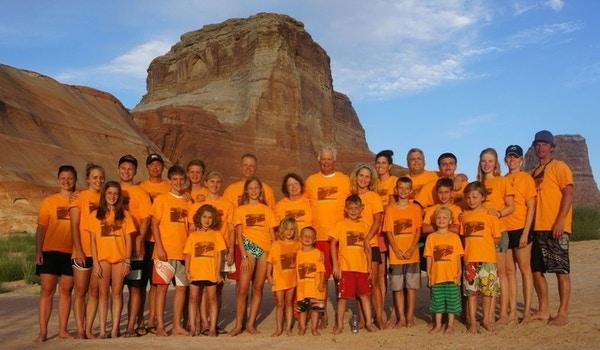 Powell Fun T-Shirt Photo