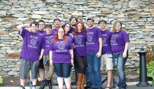 De Crew   We Roll Sevens! T-Shirt Photo