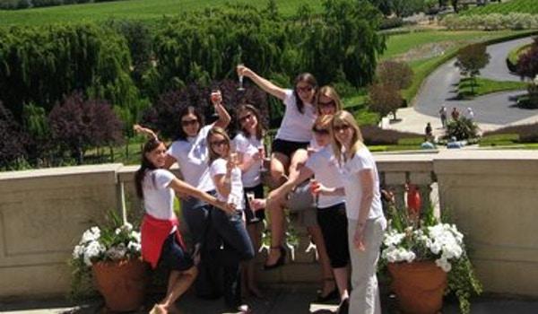 Team Donna Loves Champagne T-Shirt Photo