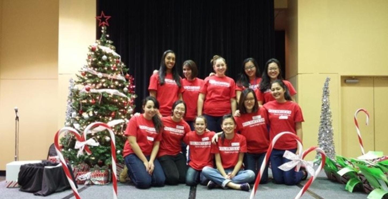 Annie Wright Volunteers At Gingerbread Jamboree T-Shirt Photo