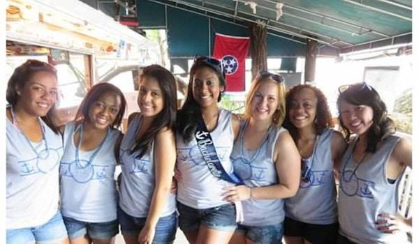 Bhoopies Bachelorette Groupies! T-Shirt Photo