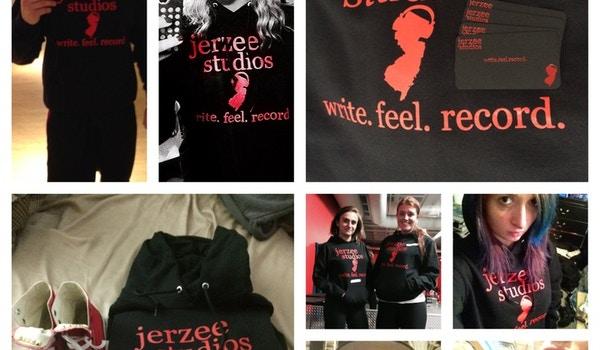 Jerzee Studios Supporters! T-Shirt Photo