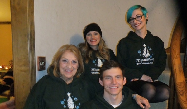 """Annual Christmas Photo """"Nona With Grandkids"""" T-Shirt Photo"""