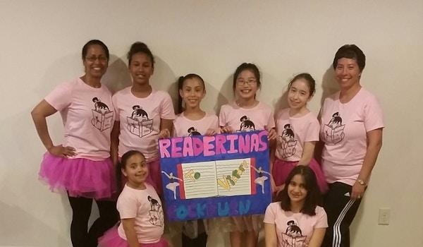 Team Readerinas T-Shirt Photo