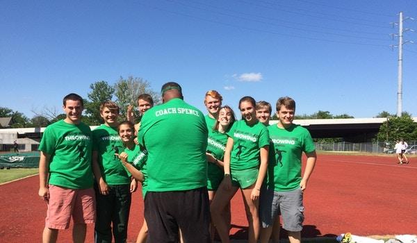 Maggie Walker Throwing Team 2015 T-Shirt Photo