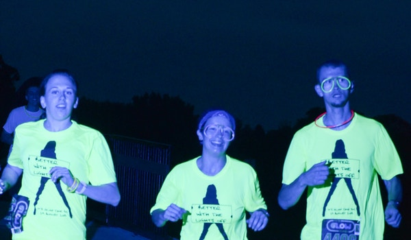 Glowing Runners! T-Shirt Photo