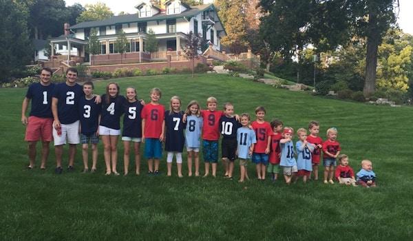 25 Cousins! T-Shirt Photo
