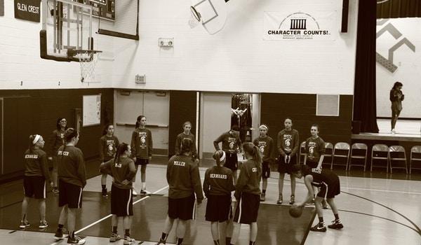 Herrick Basketball Team T-Shirt Photo