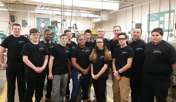 Mcti Am Precision Machining Students T-Shirt Photo