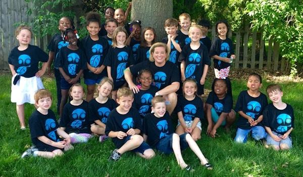 Mrs. Lv B's 1st Grade Owls! T-Shirt Photo
