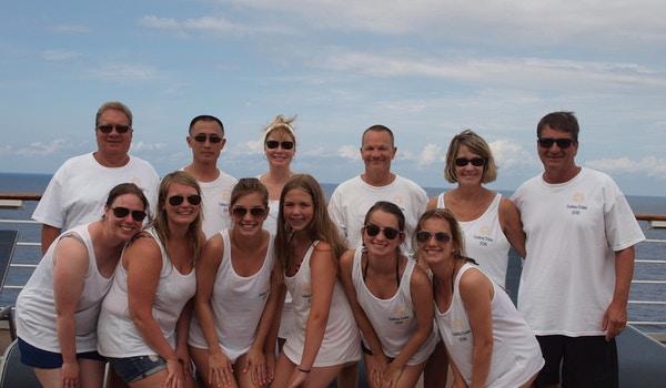 Bermuda Cruise Tee's T-Shirt Photo