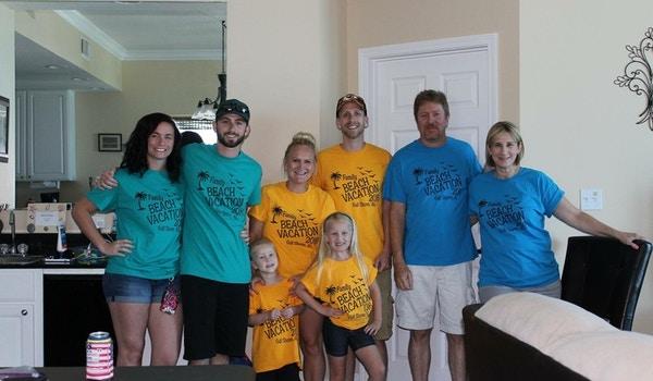 Beach Family Vaca!! T-Shirt Photo