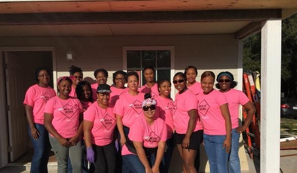 Women's Faith Build T-Shirt Photo