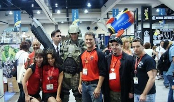 The Hunted At San Diego Comic Con T-Shirt Photo