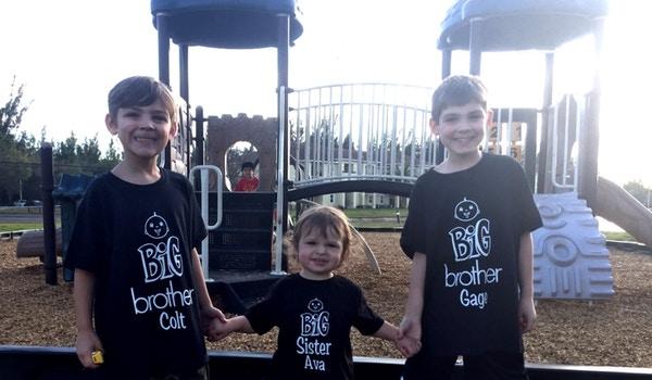 Big Brothers And New Big Sister Oon! T-Shirt Photo