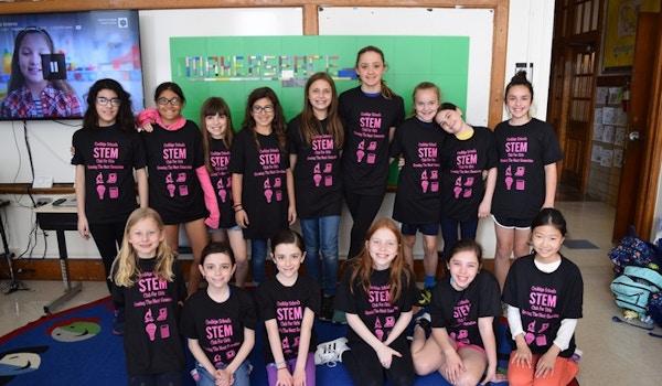 Coolidge School's Stem Club For Girls T-Shirt Photo