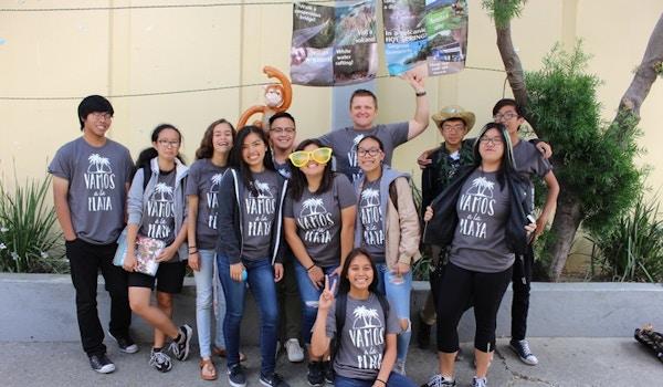 Vamos A La Playa T-Shirt Photo