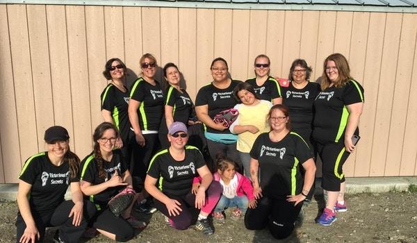 Womens Softball Team T-Shirt Photo