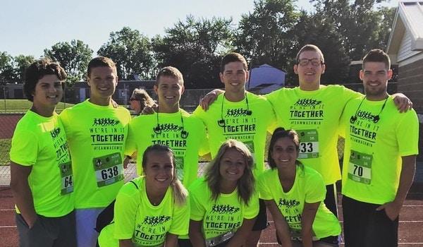 Team Mackmin 2017 T-Shirt Photo