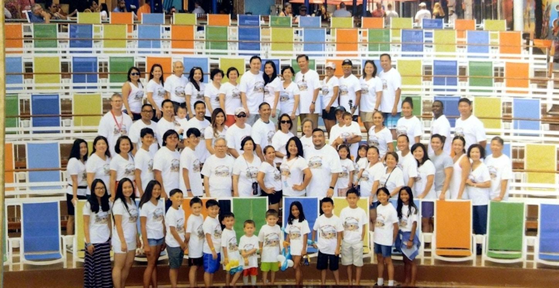 Friends & Family Cruise T-Shirt Photo