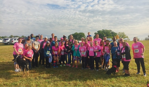 Spend Mend Bee Brave 5k T-Shirt Photo