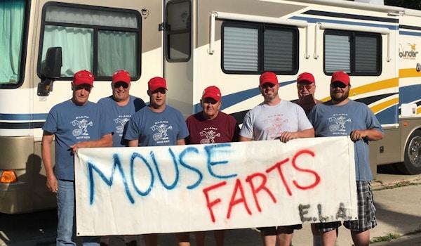 Mouse Farts 2017 T-Shirt Photo