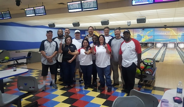 Bowling Photo T-Shirt Photo
