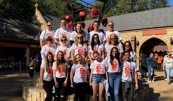 Hallo Headyfest 2018 Group Photo T-Shirt Photo