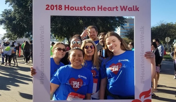 Team Tejas Tubular At The Houston Heart Walk T-Shirt Photo