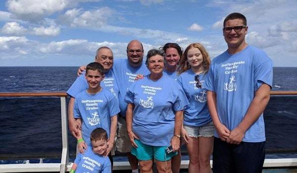 Family Cruise 2019 T-Shirt Photo
