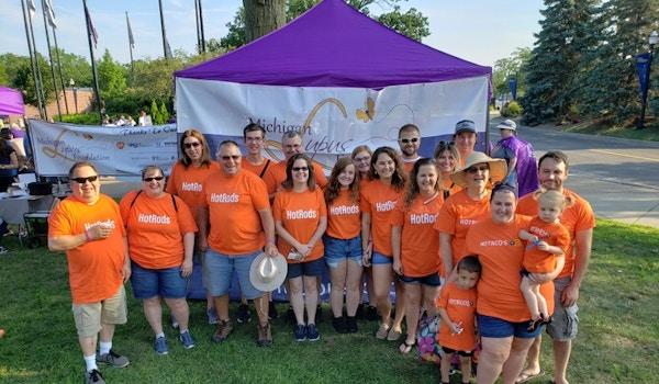 Lupus Michigan Walk T-Shirt Photo