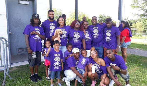 Its A Family Thang!! T-Shirt Photo