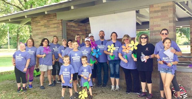 Brooks Tlc Walk To End Alzheimer's Team T-Shirt Photo