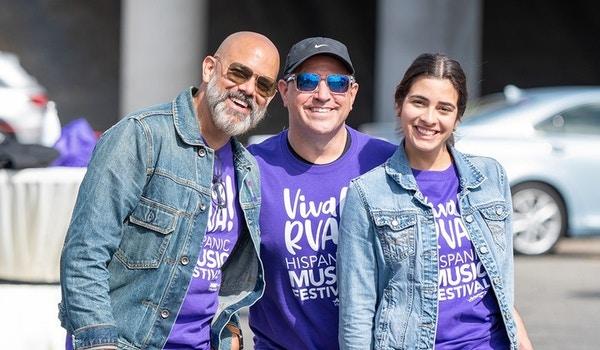 Viva Rva! T-Shirt Photo