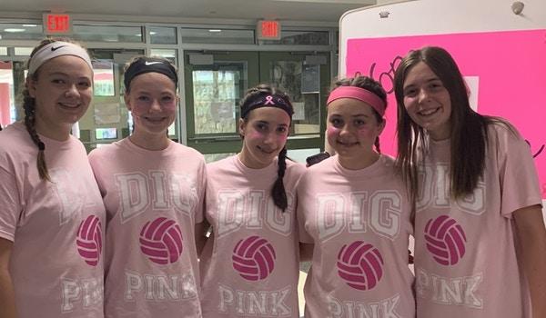 Dig Pink  T-Shirt Photo