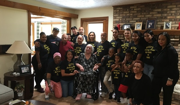 100 Th Bday Party For Matriarch Of Family T-Shirt Photo