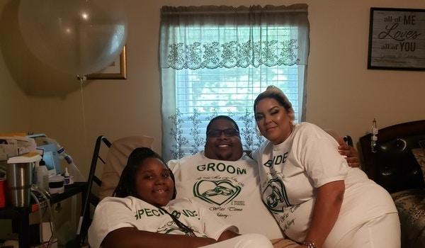 A Happy Family T-Shirt Photo
