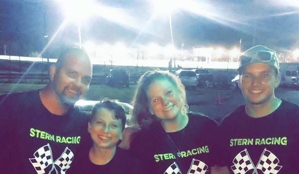 Stern Racing T-Shirt Photo